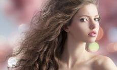 С чем связано выпадение волос